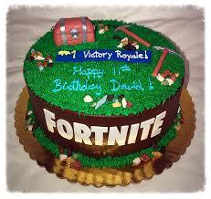 Fortnite Cake Wwwtiffanyscakepopscom Tiffanys Cake Pops Facebook