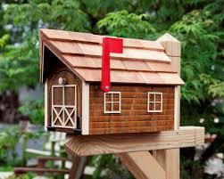 Cedar Wood Mailbox