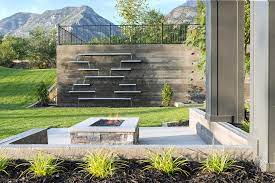 49 amazing outdoor water walls for your