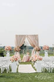 26 Stunningly Beautiful Decor Ideas For Indoor And Outdoor Weddings (22)
