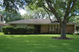 Ranch House Curb Appeal Cozy Ranch House Curb Appeal Decoration With Brown Brick Exterior