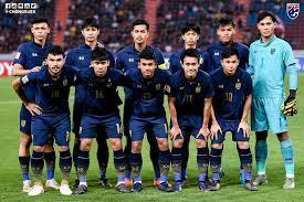 ช้างศึก - 🇹🇭 🇹🇭 คุณคิดว่านักเตะทีมชาติไทยชุด U23 คนใด  ที่โชว์ฟอร์มได้เข้าตาและโดดเด่นมากที่สุด ในศึก AFC U23 Championship  Thailand 2020 ? เข้าไปร่วมโหวตได้ที่ https://poll.app.do/thailand-u23-bestplayer/-PdgId13  #TogetherAsOne #ช้างศึก #Thailand ...