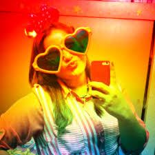 "Lucia Wade ♥ on Twitter: ""Cuando me alcoholizo se me distrae la moral...  Peroooooooo #aunasimeaman"""