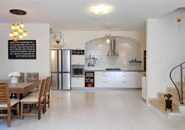 white laminate kitchen flooring