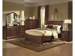 Queen Bedroom New Classic Sheridan Queen Bed W Sleigh Headboard Great
