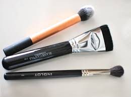 brushes for contouring