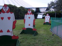 Alice In Wonderland Decorations Alice And Wonderland Party Decoration Ideas Find This Pin And