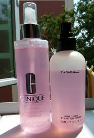 makeup brush cleaner review