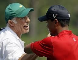 Continua la saga che vede il confronto tra le dichiarazioni dei due, l'ex campione di golf Tiger Woods, appena tornato alle gare dopo un lungo infortunio, ... - tiger_woods_vs_steve_williams