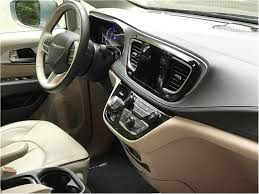 2018 chrysler pacifica hybrid. interesting chrysler 2018 chrysler pacifica hybrid interior photos in chrysler pacifica hybrid r