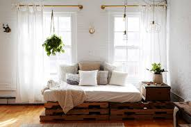 can you replace a sofa with a daybed
