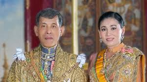 พระเจ้าอยู่หัว พระบรมราชินี พระคู่ขวัญคู่บุญบารมีแผ่นดินไทย รัชกาลที่ 10