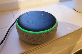 Alexa Yellow Light Blinking Why Is My Amazon Echo Blinking Yellow Red Or Green