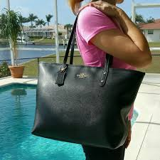 NEW Coach LARGE City Zip Tote