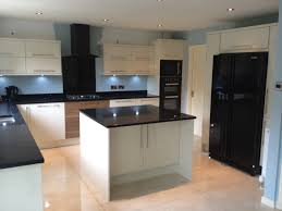 kitchen design ideas with black appliances photo 2