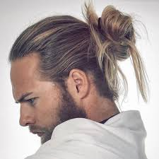 samurai top knot hairstyle man bun haircut