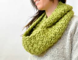 Crochet Infinity Scarf Patterns Magnificent Decorating