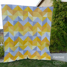 Pieces by Polly: January Skies Quilt - Free Half-Square Triangle ... & Pieces by Polly: January Skies Quilt - Free Half-Square Triangle Quilt  Pattern -. Queen Size ... Adamdwight.com