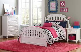 Academy Panel Bed Twin
