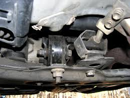 Rear Motor Mount Replacement - 1997 1.6L Engine & Auto ...