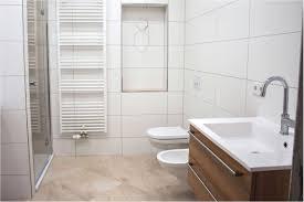 Badezimmer Streichen Badezimmer Fliesen Streichen Vorher Nachher