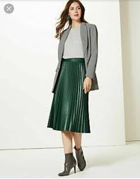 m s green faux leather pleated midi skirt uk size 18 eu 46