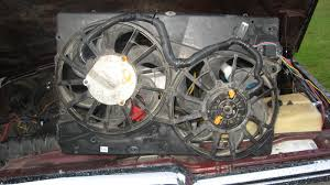 i junked my taurus fan for a dual contour fan today then grounded both fans and the relay to the same post on the front clip and ran the hot directly to the bat and the acc to a post on the solenoid