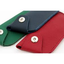 Croco design <b>leather case</b> with <b>magnetic</b> clasp