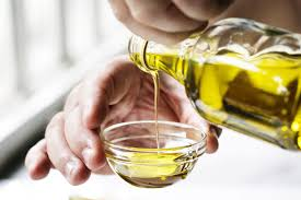 how to make an olive oil mask for smoother radiant skin