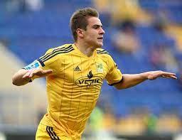 Dynamo kiev's ukraine forward artem besedin was banned on tuesday for a year. Artem Besyedin Wikipedia