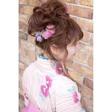 卒業式袴ルーズおだんご Brotoブロットのヘアスタイル 美容院