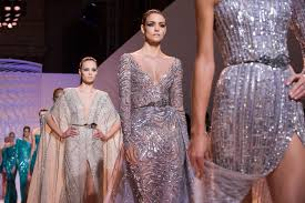 why i want to be a model essay be a model goal setting for a  be a model goal setting for a modeling career models walk the runway during paris fashion