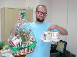 sweet gift basket to vancouver canada