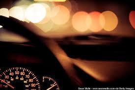 Resultado de imagen de coches en la noche