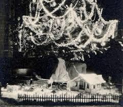 self similar pattern g. xmas tree ornaments ...