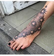 Pinterest At Lovemebeauty85 Tattoo Foot Tattoos Geometric Foot