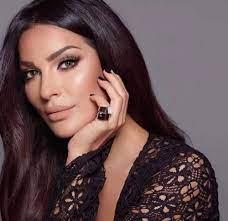 """الدنيا دوارة""""... نادين نجيم ترد على إساءة في حقها بعد عملية وجهها"""