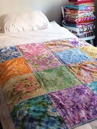 Vintage Sheet Quilts   Katie's Kitchen Blog & Vintage_sheet_quilt_nannas_2. VIntage Sheet Quilt Adamdwight.com