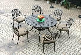 elisabeth patio dining round table set