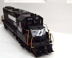 MTH PREMIER TRAINS NORFOLK SOUTHERN GP-40 #20-2372-1 | O Gauge ...