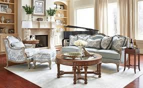 10 стильных моделей диванов, которые никогда не выйдут из ...