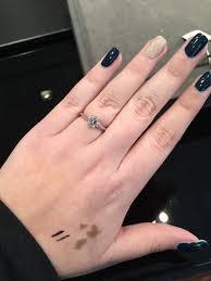 Emerald Cut Diamond Carat Size On Hand