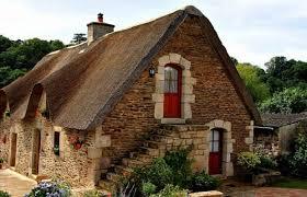 maison bretonne pierre