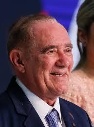 Renato Aragão – Wikipédia, a enciclopédia livre