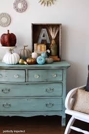 fall decorating ideas in the entry using chalk paint