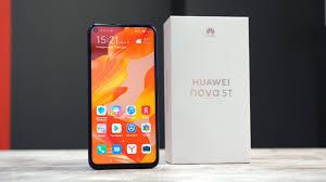 Обзор <b>Huawei Nova 5T</b>: неновая новая звезда