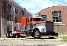 truckpaper com trucks for 29 listings page 1 1977 kenworth w900a at truckpaper com