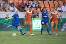 photo essay seattle reign fc houston dash  photos courtesy of wilf thorne isi photos