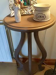 small round hall table