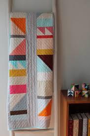 10+ Beautiful Modern Quilt Patterns - Sew What, Alicia? & 10+ Beautiful Modern Quilt Patterns: Click through for a full collection of  beautiful modern Adamdwight.com